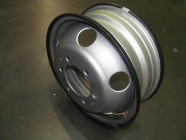Disk-kolesny`j-stal`noj-GAZEL`-16×5,5-6×170-ET105-DIA130-DK-3302-3101015-05-foto1